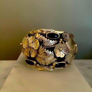 Vintage sterling silver onyx stones cuff bracelet